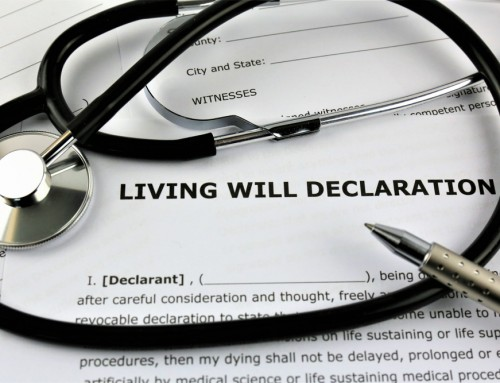 What Is the Difference Between a Living Will and a Do-Not-Resuscitate Order?